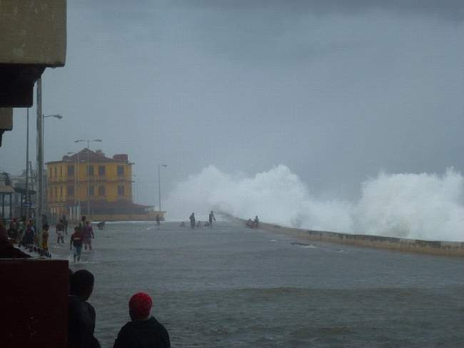 Temporal tropical en Baracoa