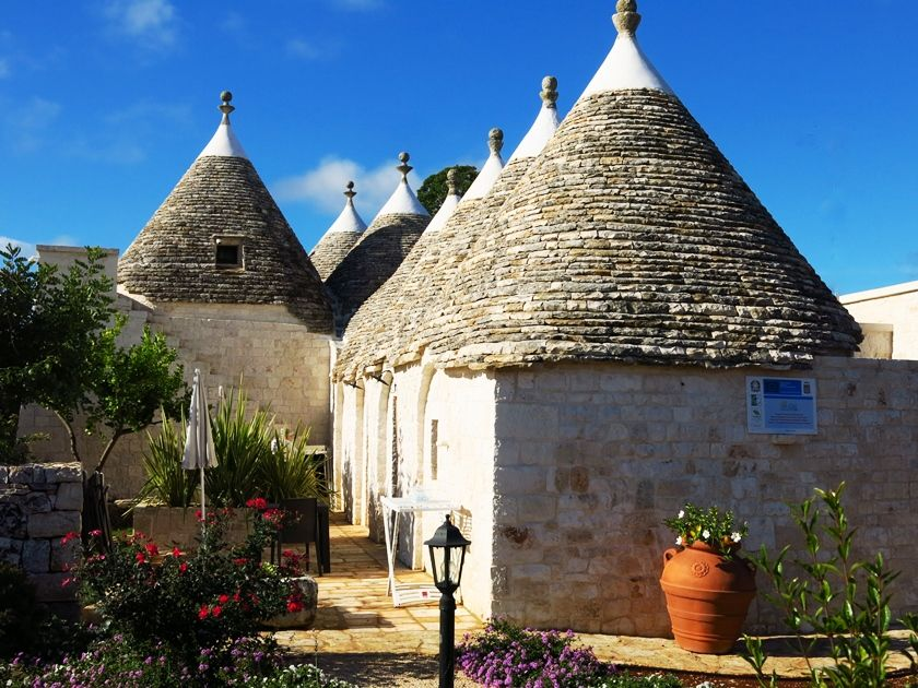 Trulli, tipical constructions of Apulia