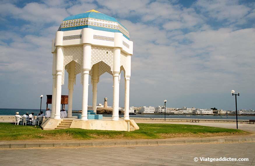 Omán Y Emiratos árabes Unidos Guía Y Relato De Viaje Viatgeaddictes