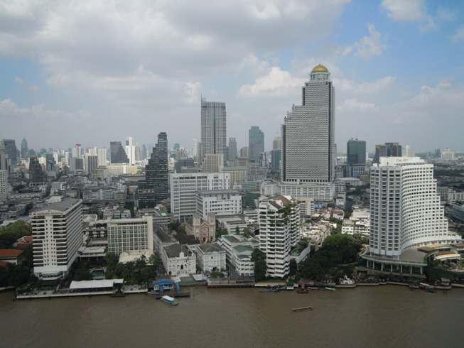 Skyline de Bangkok desde el hotel The Peninsula